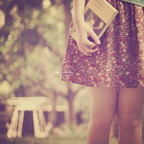 aime une fille qui lit