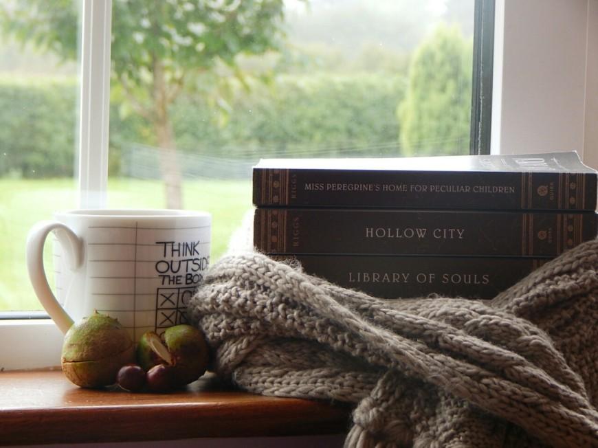 mug et livres